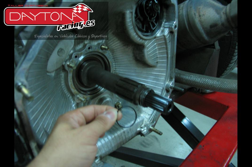 Ferrari 348 mantenimiento distribución revision embrague Cartagena Murcia